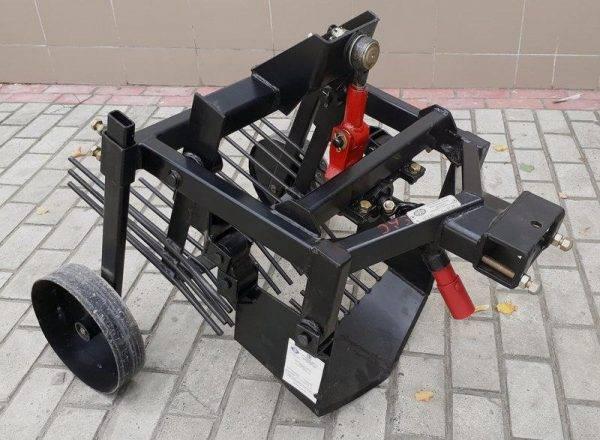 Картофелекопатель EXPERT (захват 210мм, размеры 650x250x450мм, вес 7,0кг)