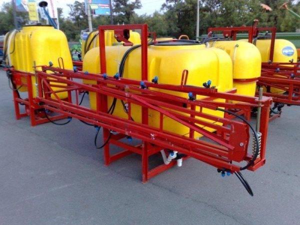 Опрыскиватель навесной полевой (Штанга 10 метров) 300 литров