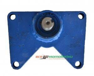 Переходник на КПП1100-6 с родного флянца на выход вал ф18мм (для подключения картофелекопалки, шкива, помпы)