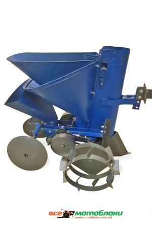 Картофелесажалка КСМ-3 EXPERT (цепная, с доп. бункером для посадки чеснока и лука, с бункером для удобрений, с транспортировочными колесами)